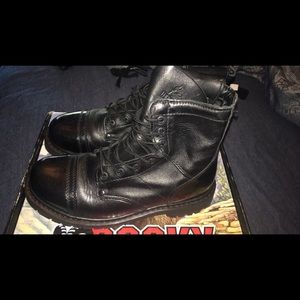 Rocky combat boots originally 142$